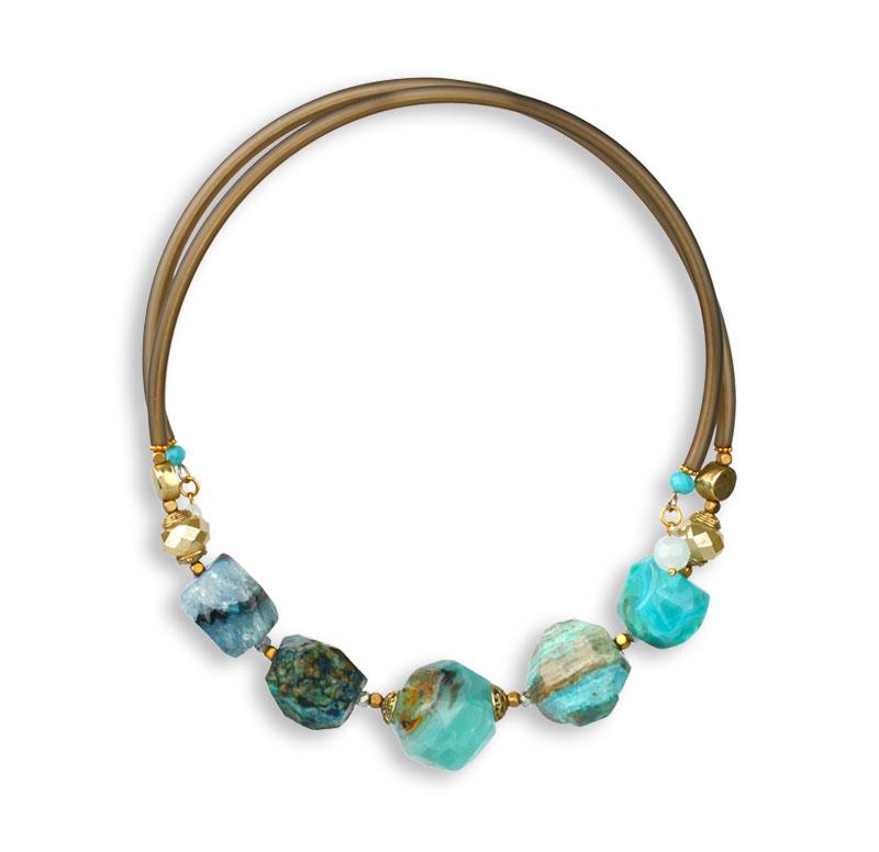 Les bijoux en pierres naturelles